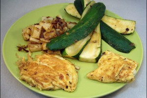Fetaomeletts mit geduensteter Zucchini