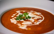 Tomaten-Mozzarella-Suppe