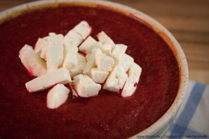 Rote Beete Suppe mit Feta