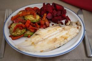 Seezunge mit geröstetem Gemüse und Roter Beete